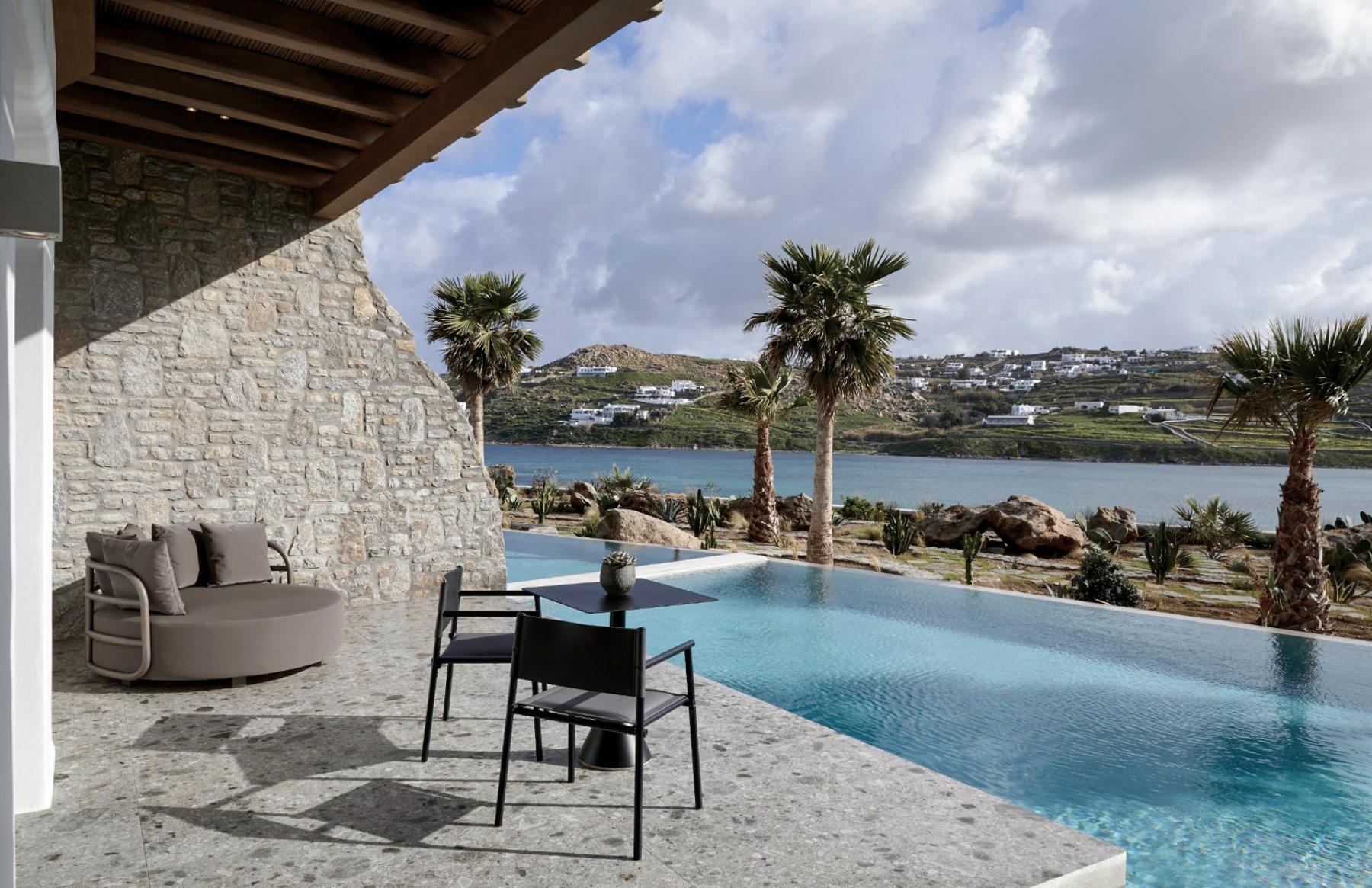 20_Aeonic-Suites-Spa-Luxury-Hotel-Mykonos-100