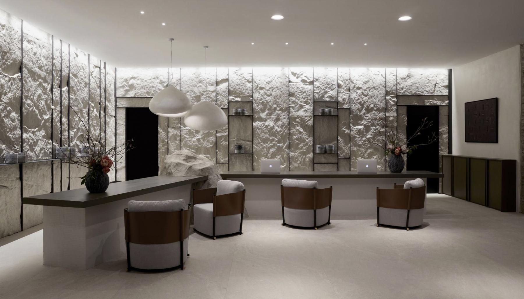 2_Hall-Aeonic-Suites-Spa-Luxury-Hotel-Mykonos-98